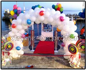 Candyland Balloon arch in Miami