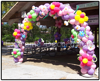 balloon arch with flowers - shelter entrance