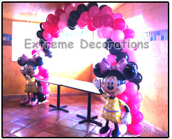 Balloon Arch Minnie Mouse Airwalkers - Kids Party