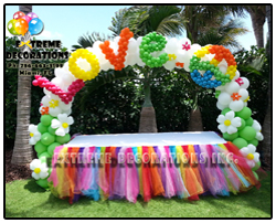 Love and Peace Balloon arch - 60s