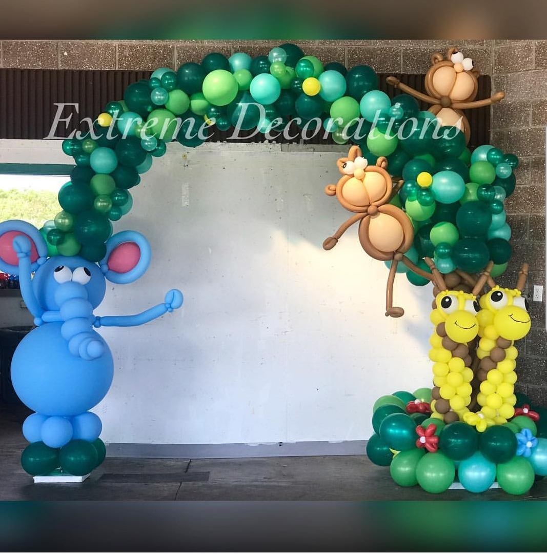 Jungle Balloon arch with elephant Jiraffe and Monkeys