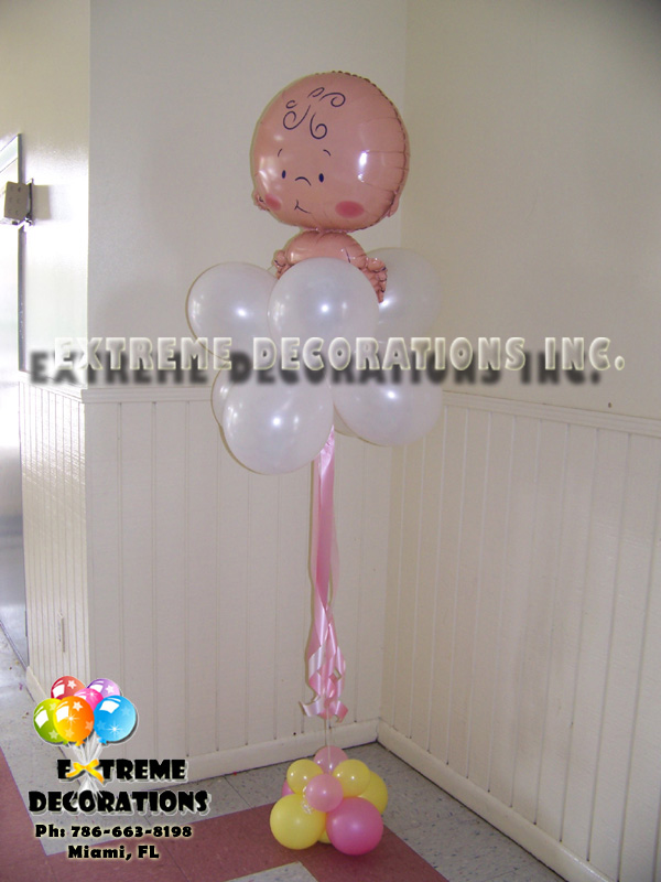 Baby on Coud balloon arrangement