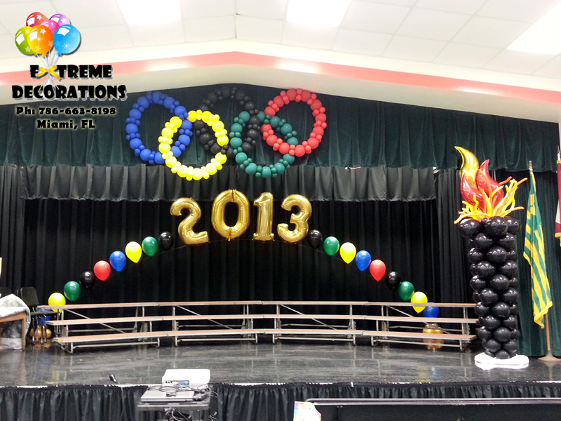 Olimpic Rings - Torch - Graduation balloon decoration