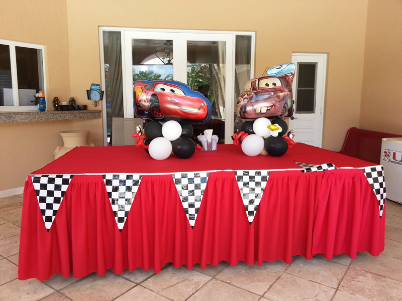 Cars Balloon Arrangement / Checkered Linens rental Miami