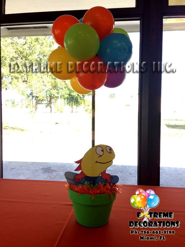 Dr SeussFish party centerpiece