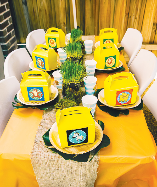 Jungle theme party favor boxes - Table decoration