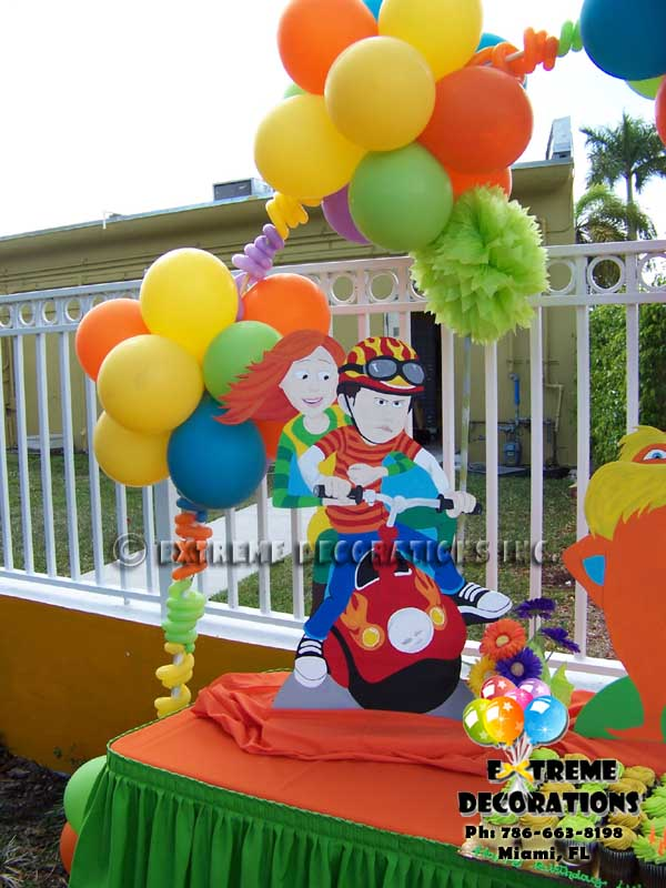 Lorax Kids Party Decoration l Balloon arch l Cake table decoration l Miami