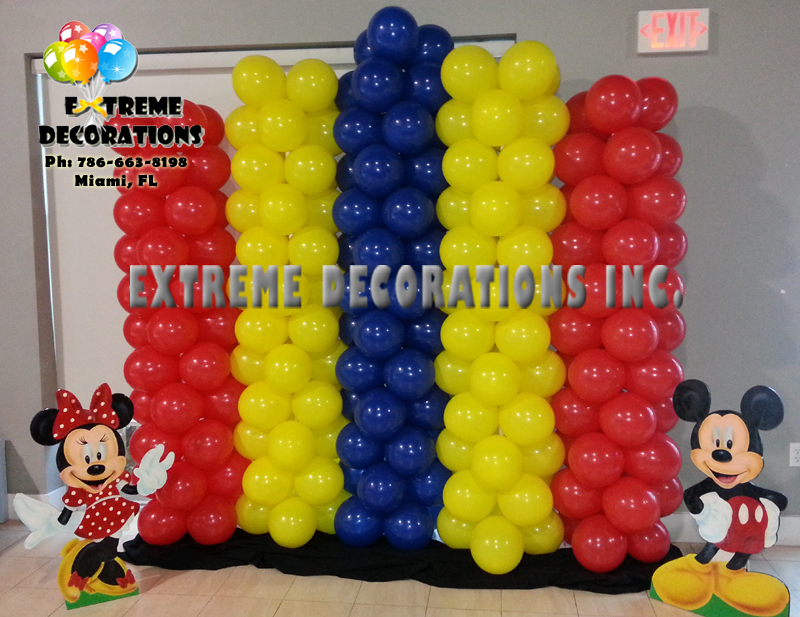Mickey Minnie Balloon columns wall backdrop Miami