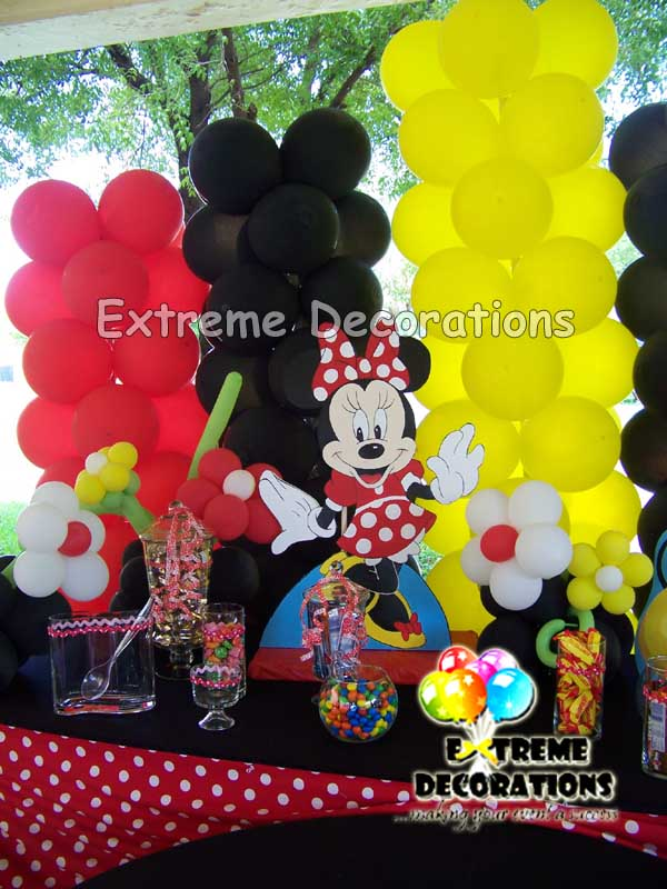 Mickey and minnie Candy buffet / sweets table