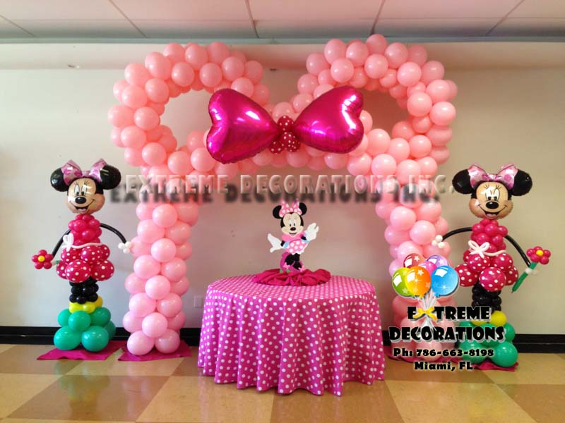 Minnie Ears Pink balloon arch with bow - Polka dots