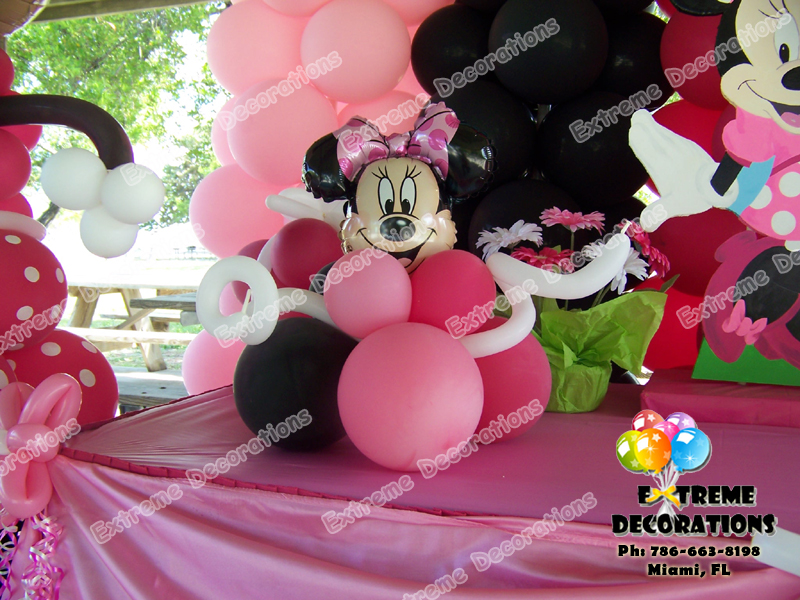 Minnie Mouse Birthday Party Centerpiece Model 1