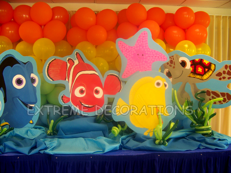 Party decorations miami balloon sculptures for Nemo decorations