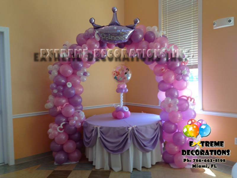 Princess Crown balloon arch - Fairy Tale