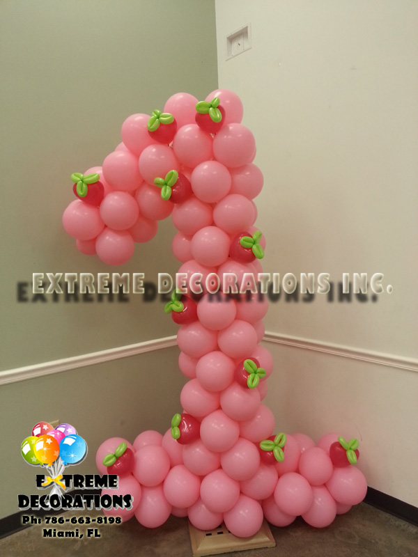 Age Number one balloon sculpture