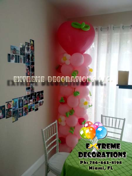 Strawberry shortcake balloon column
