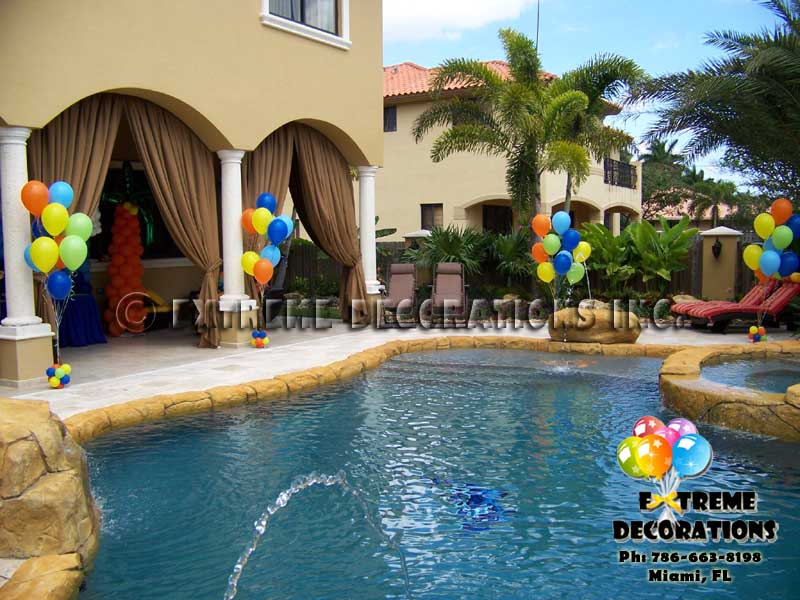 Balloon decor for pool area l Balloon arrangements l Miami