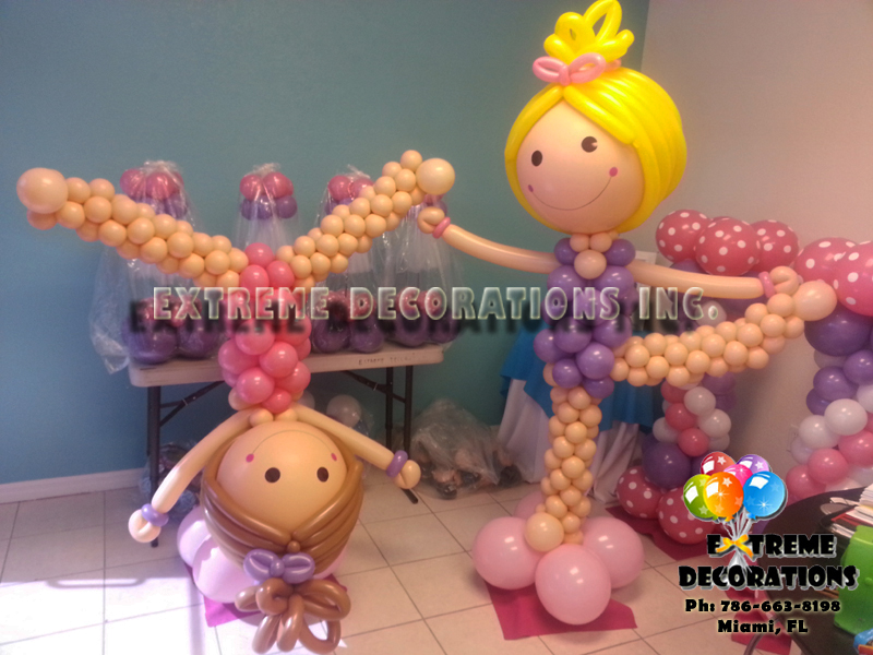 Gymnast balloon sculptures