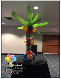 Tropical Palm balloon centerpiece