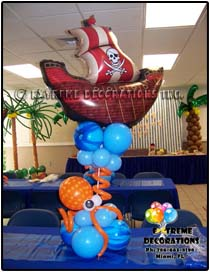 triple bubble with hearts balloon centerpiece