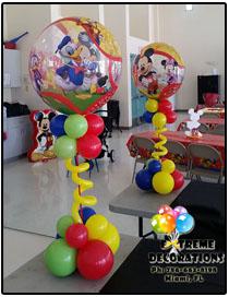 bubble Mickey Clubhouse balloon centerpiece